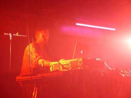 Justus Köhncke live