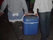 Met een koelbox vol bier
