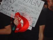 Felix: Sign my cd!