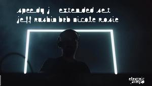 Draaimolen x Electric Deluxe